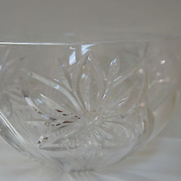 VINTAGE LARGE CRYSTAL BOWL, FRUIT BOWL, FLOWER PATERN WATERFORD, LENOX OR MIKASA