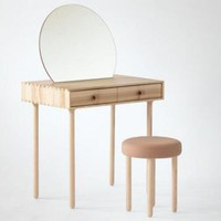 Avignon No.2 dressing table and stool