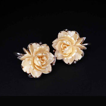 Vintage 1950s Faux Ivory Earrings Rose Flower Silver Tone Clip On Back Carved Plastic Celluloid Bakelite Cream White