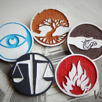 Divergent Insurgent brooche geek fraction Wooden badge best gift