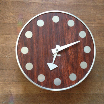 Vintage Howard Miller Meridian Wall Clock Designed by Arthur Umanoff George Nelson Associates