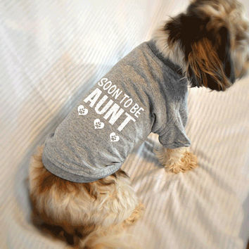 Soon to Be Aunt Small Dog T-Shirt. Pregnancy Reveal Idea.