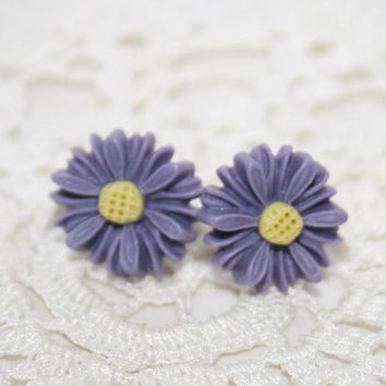 Daisy Earstuds Summer post earrings Purple Blue by AngelPearls