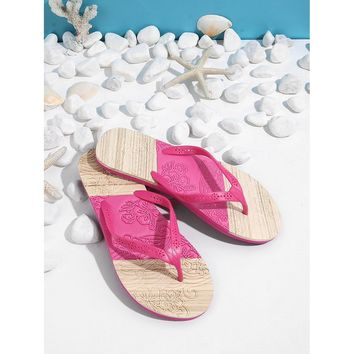 Splice Color Toe Post Sandals