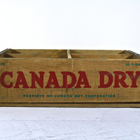 Vintage Wood Crate Canada Dry / Vintage Wooden Crate / Industrial Decor