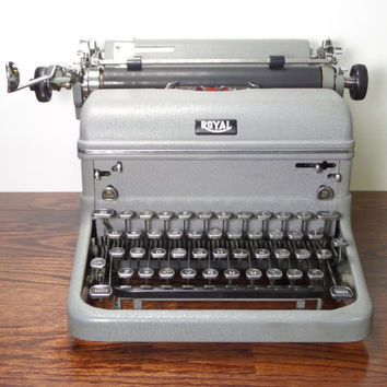 Royal KMG Manual Typewriter - Reconditioned Working Vintage Typewriter - Gray - Excellent Condition