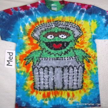 Adult Medium Tie-Dye Oscar the Grouch Tee