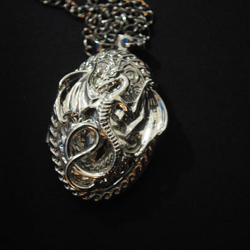 Game Of Thrones / House Targaryen Locket Necklace/ Silver / Oval Locket