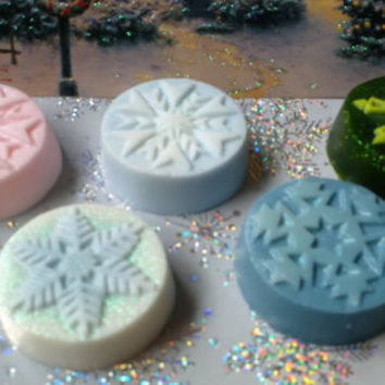 Natural Soap, Snowflake Shaped,Guest size, Christmas scented, Sparkly (Set of 3)