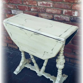 Vintage shabby chic end table, distressed side table, french country end table, country cottage, distressed end table, Upcycled,  table