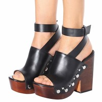 Clog leather sandals