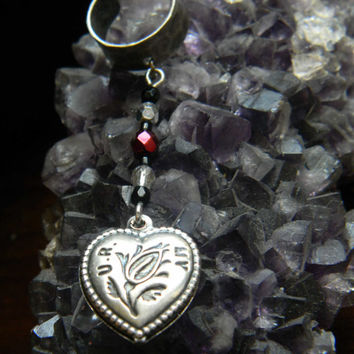 Hammered Gothic Victorian Heart Ear Cuff
