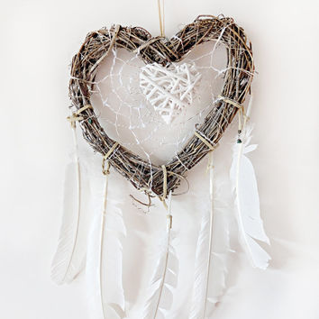 Heart Dreamcatcher, Large Dream Catcher, Boho Dreamcatcher, Wall Decor, Wood Dreamcatcher, Natural, Handmade, Hippie, White Dream catcher