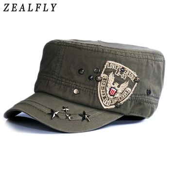 Trendy Winter Jacket Outdoor Sports Men Hats Breathable Cotton Women Baseball Cap Eagle Embroidery Adjustable Flat Caps Punk Rivets Hip Hop AT_92_12