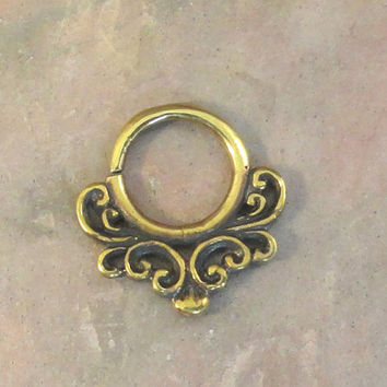 14 Gauge Victoiran Scroll Septum Ring Hoop Bull Ring Nose Piercing