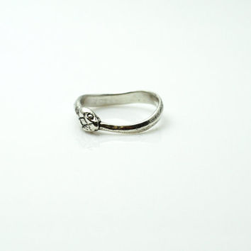 Sterling Ouroboros Ring
