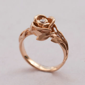 Stunning wedding rings: Beauty and the beast wedding rings