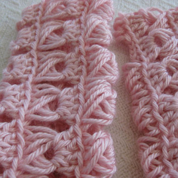 Crochet Fingerless Gloves Broomstick Lace Soft Pink