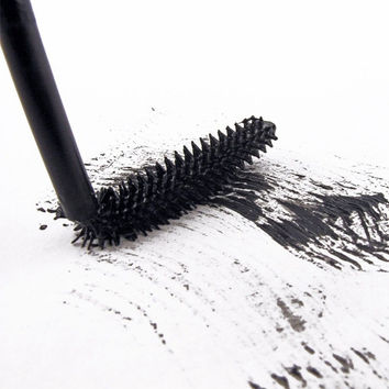 Volume Mascara Black Waterproof Curling and Thick