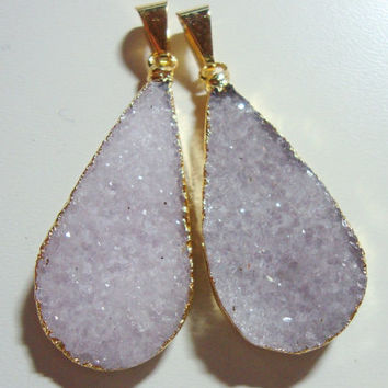 Natural Agate Druzy Drusy, Lavender Long and Elegant Teardrop Druzy Drusy Pair, Agate Druzy Drusy Crystal Gold Edged Pendant- 2 pcs- J9-6