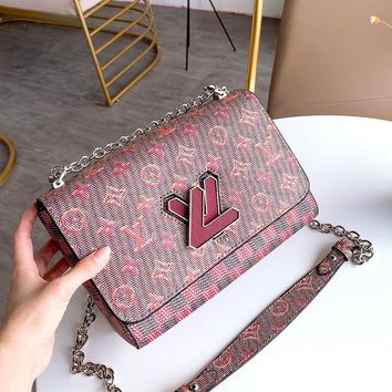LV TWIST women's wild chain bag shoulder bag Messenger bag