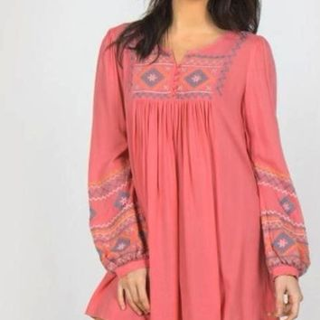 Monoreno Embroidered Bib Tunic - Blush