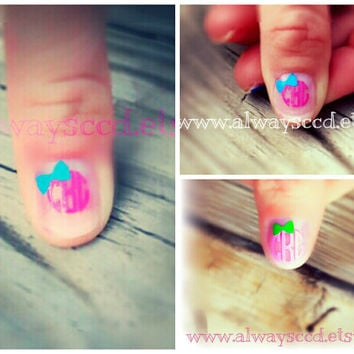 Circle Monogram Fingernail & Toenail Decal with Bow