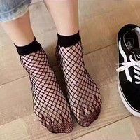 2017 spring and summer new net socks short section of the grid hollow fish net socks tube net socks