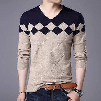 New autumn & winter mens plaid pullover sweater youth man v-neck slim fit sweater pullovers fashion argyle sweater