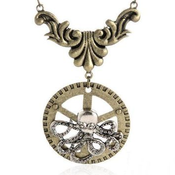 Octopus on the gear punk style pendant necklace antique bronze plated steampunk fashion jewelry