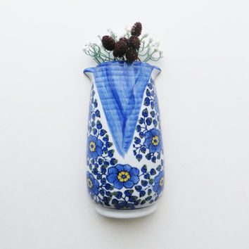 Vintage Wall Mounted Vase Planter Scone Pocket Vase Blue and White