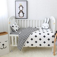3Pcs Baby Bedding Set Cotton Crib Sets Black White Stripe Cross Pattern Baby Cot Set Including Duvet Cover Pillowcase Bed Sheet