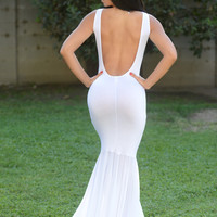 Sleeveless Fit and Flare Maxi - White