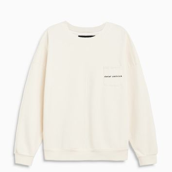 pocket crew sweat / natural + black