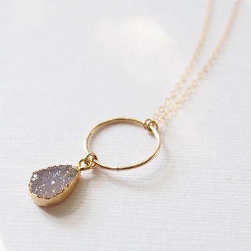 Agate Druzy Gold Necklace Gemstone Gold Necklace Drusy Stone Necklace Dainty Gemstone Pendant Hammered Golden Enternity Circle