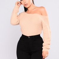 Riley Off Shoulder Sweater - Beige