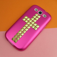 Samsung Galaxy S3 case -- Golden Pyramid Cross Studded,  in durabe hard plastic and wrap well by silicone