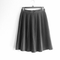 Black skirt pleated vintage school girl mini skirt Sandwich size 36\ 38