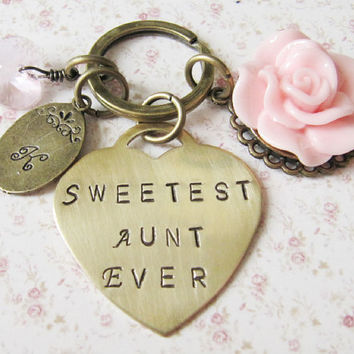 Personalized Sweetest Aunt Ever bag charm - keychain - gift for aunt - pink - for her - Europe