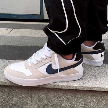 NIKE SB DELTA FORCE Black and white trend skate shoes casual sneakers shoes