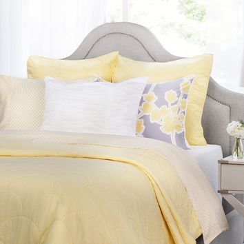 The Scalloped Yellow Quilt & Sham
