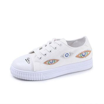 Embroider Round Toe Eyes Pattern Canvas Flat Casual Shoes For Women