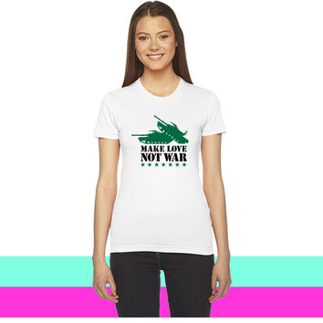Make love not war 2clr_ women T-shirt