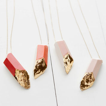 Large Porcelain Crystal Necklace in 14k Gold Luster