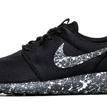 Nike Roshe One - Triple Black + Silver Paint Speckle