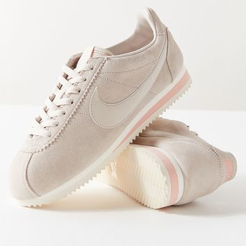 Nike Classic Cortez Suede Sneaker | Urban Outfitters