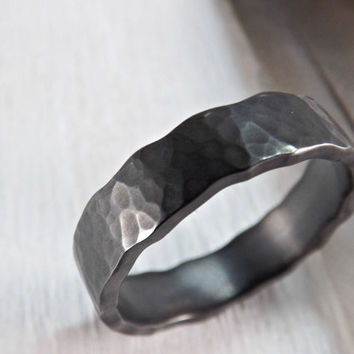 black silver ring - wave silver ring - silver ring with wavy edge - hammered ring silver - rustic mens ring - rustic wedding ring