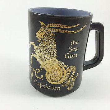 Vintage Horoscope Zodiac Mug Federal Glass Capricorn The Sea Goat Coffee Cup Astrology Mug Coffee Mug Capricorn Mug Black Gold Zodiac Mug