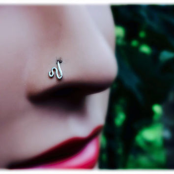 Little Wave Nose Ring, nose stud in silver, gold and rose gold, available in 24, 22, 20  and 18 gauge wire
