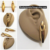 Avon Cone Dangle Clip On Earrings Gold Tone Vintage 1992 Sleek and Sylish Polished Long Swinging Discs